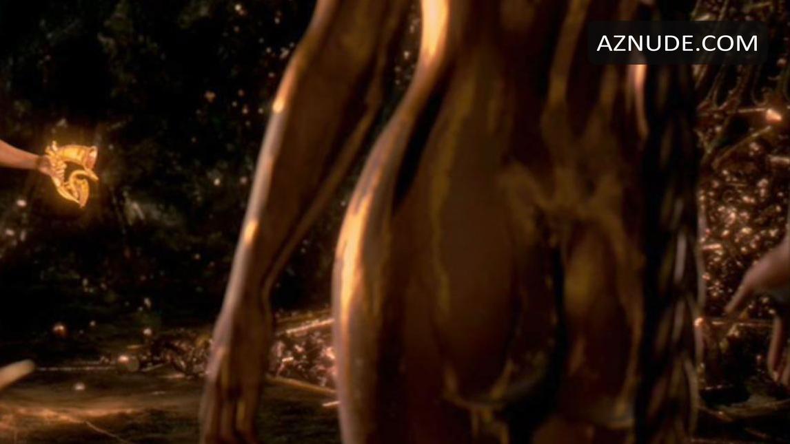 Are angelina jolie beowulf scene