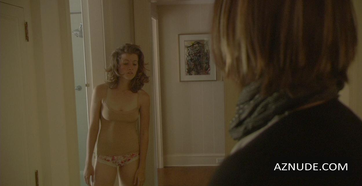 Anne hathaway nude married
