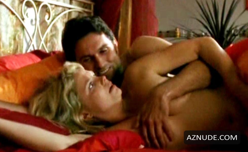 Caroline Frier Nude