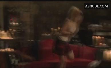 ass get to jiggling