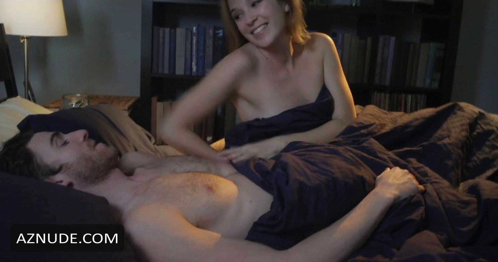 claire van der boom nude
