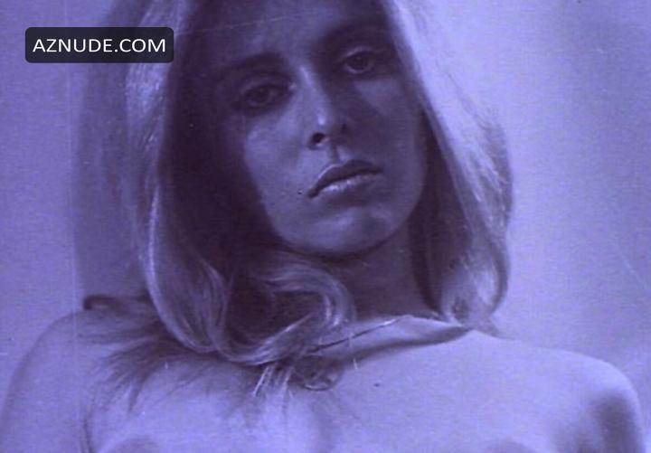 Ilsa harem keeper of the oil sheiks 1976 - 1 part 3