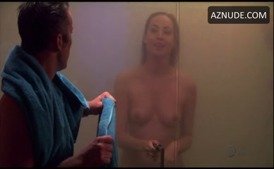 COURTNEY FORD in Dexter