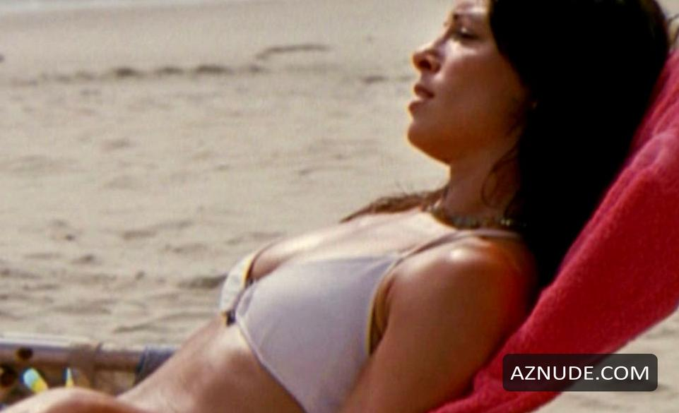 Danielle Burgio Nude 8
