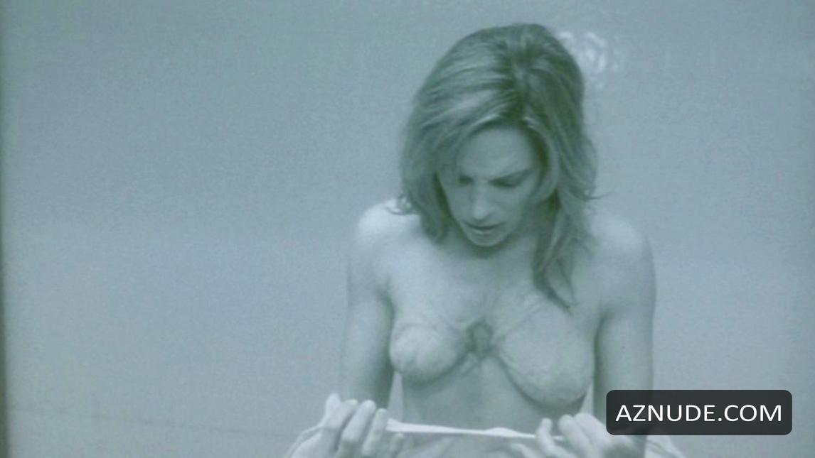Danielle Burgio Nude 111