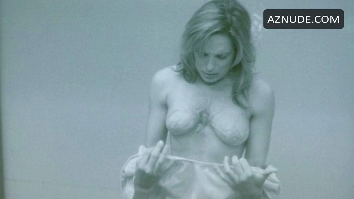 danielle brent nude pics