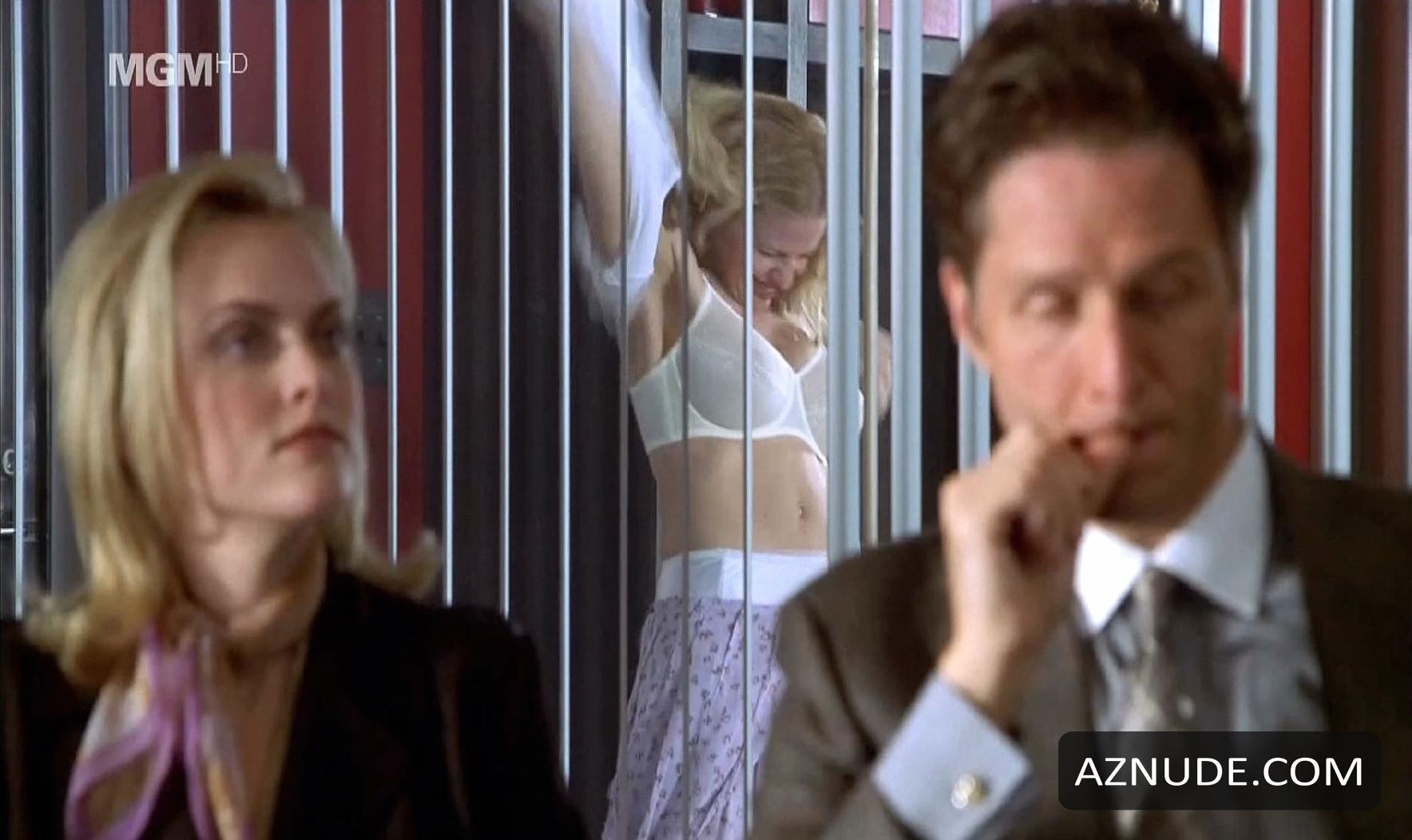 elisabeth shue nude in movie molly