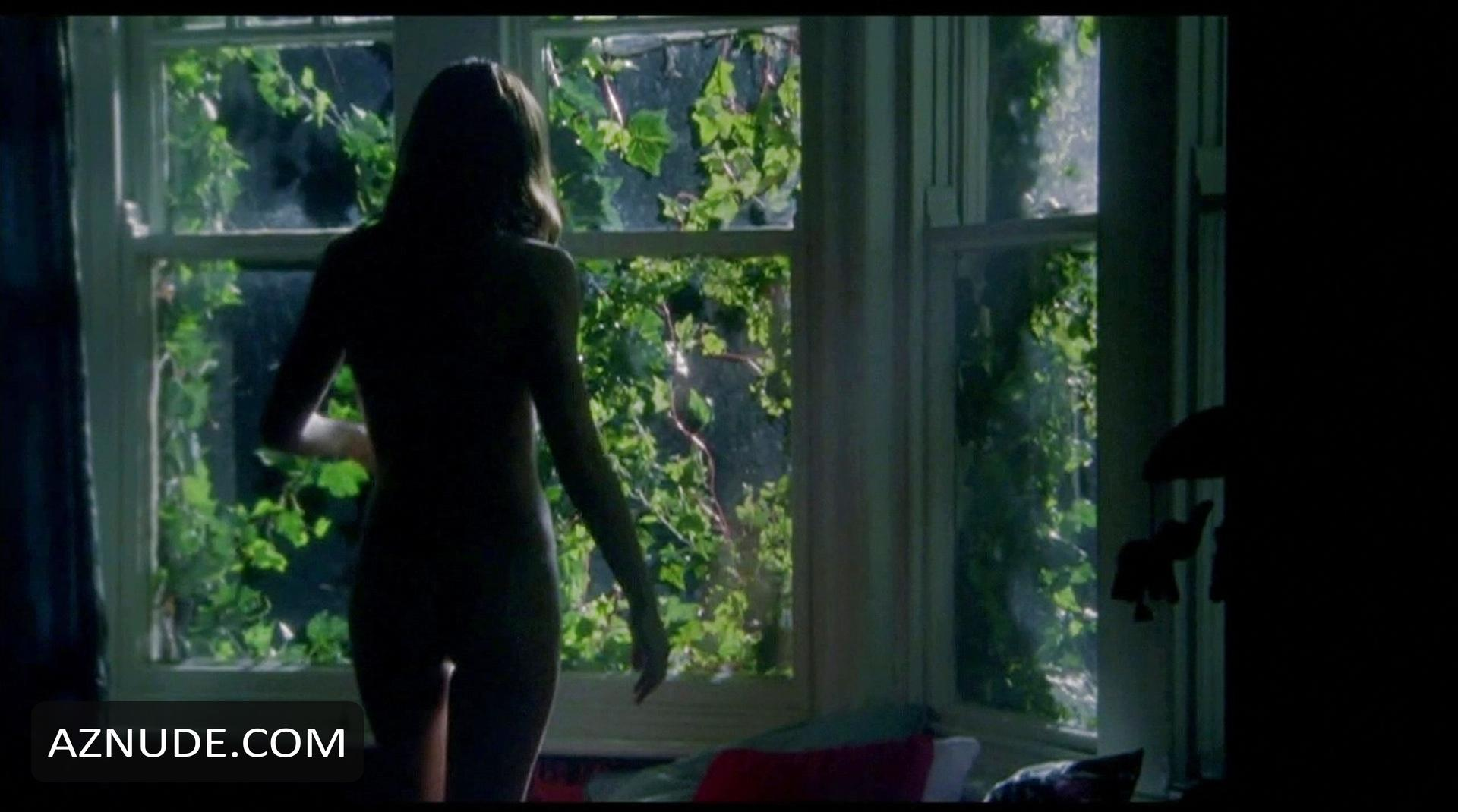 Emily blunt in arthur newman - 1 part 8