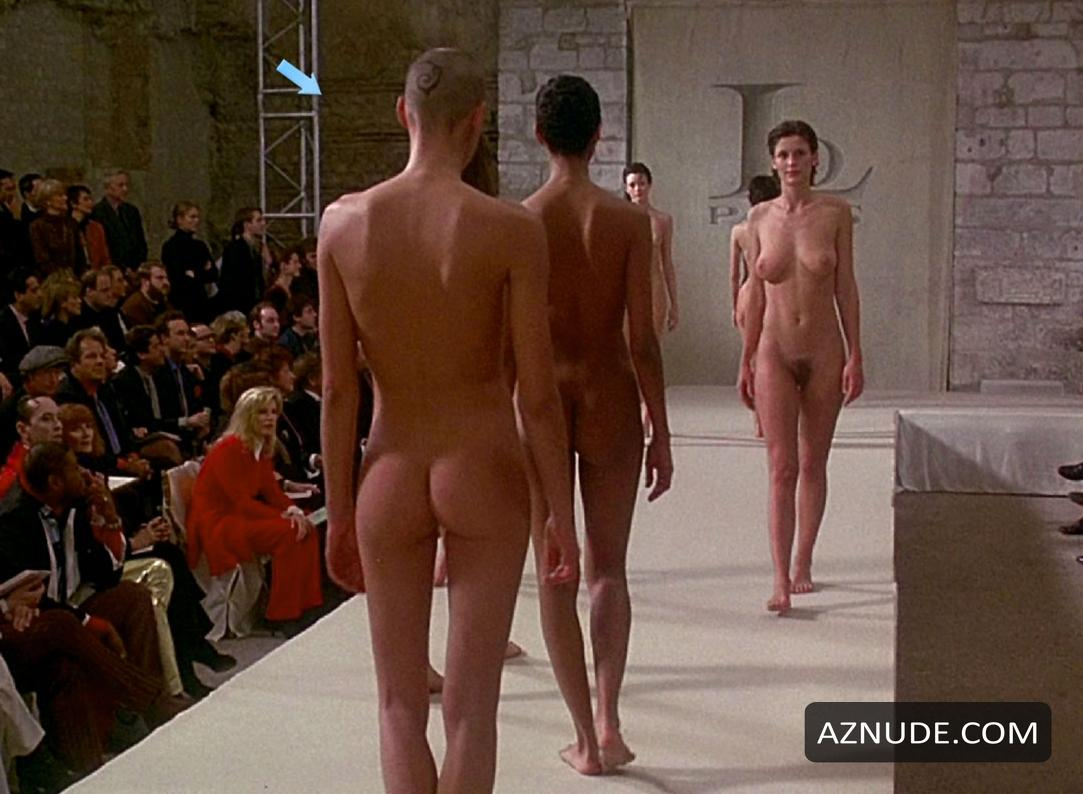 Nude Pix Shay fox latex