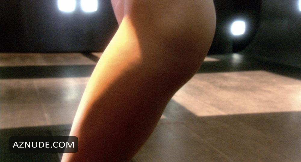 battle nude star