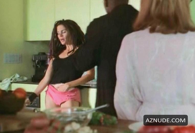 jami gertz nude movie scenes