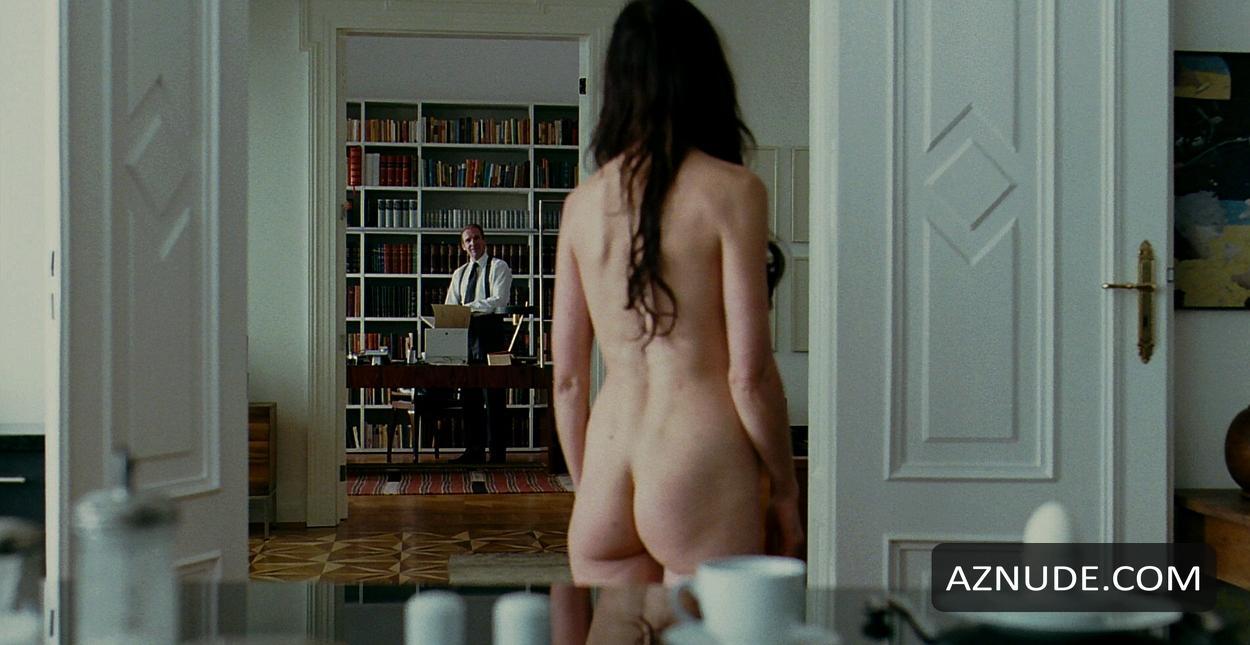 az nude