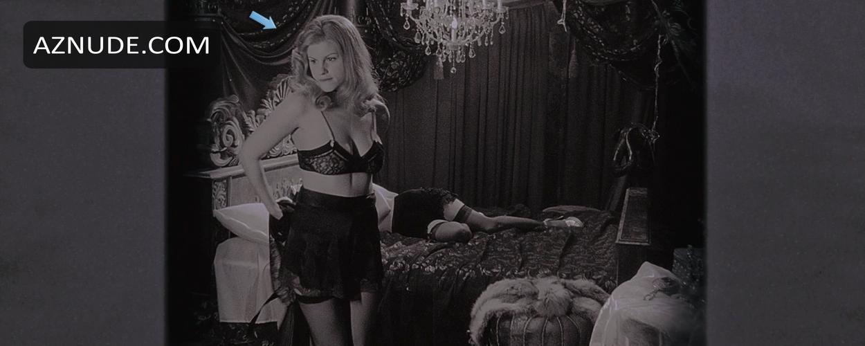 Scarlett johansson nude bush amp tits on scandalplanetcom - 3 part 6