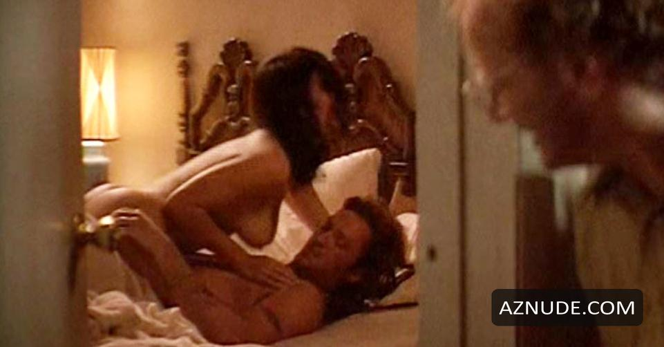jennifer tilly hot nude photos