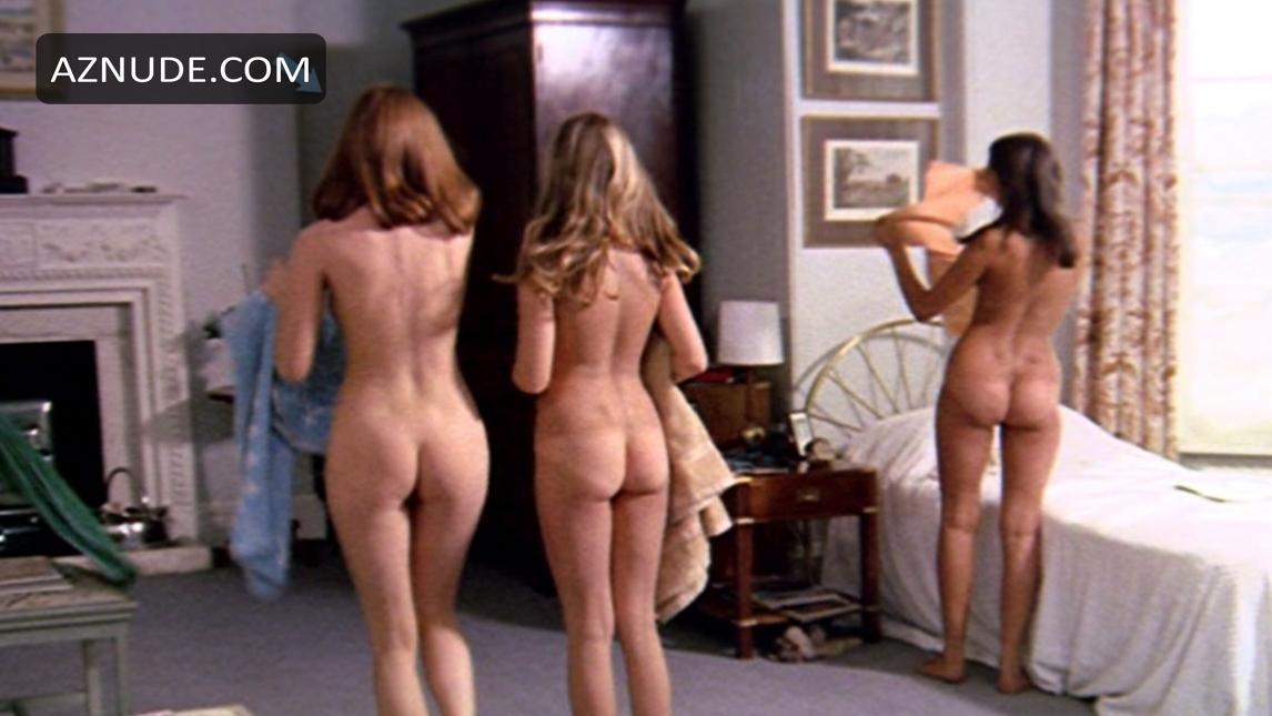 Heida reed lesbian scene in stella blomkvist s01e04 - 2 part 3