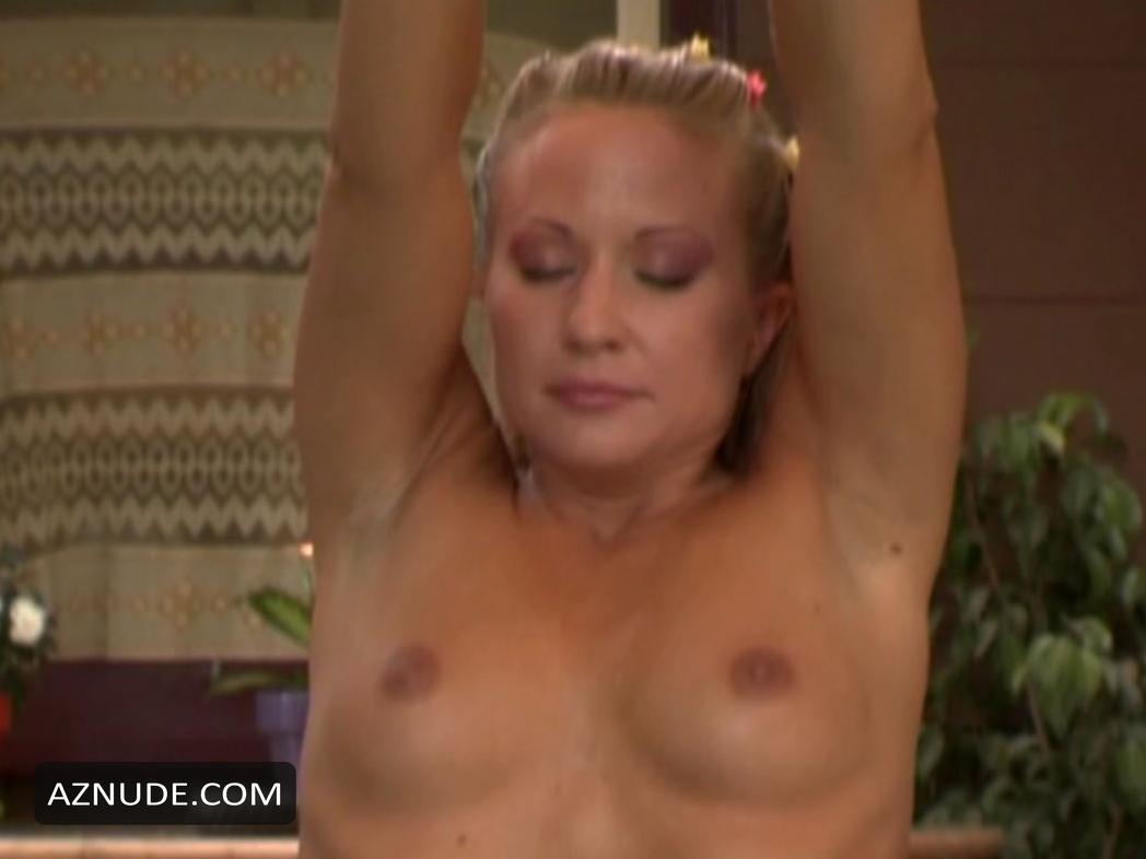 kellys first nudist retreat sex scene
