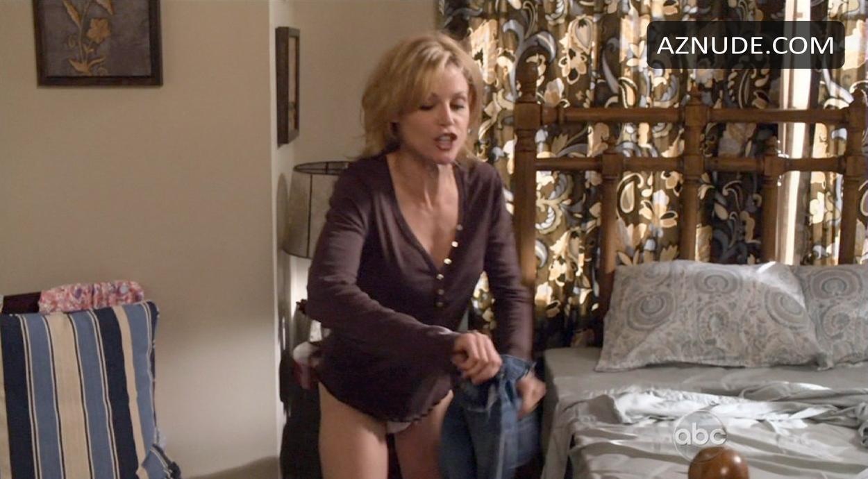 modern family nude scenes aznude