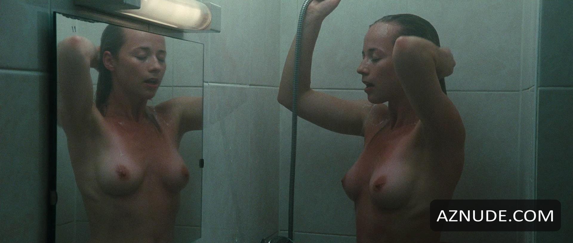 Ludivine sagnier nude sex scene in water drops on burning ro 1