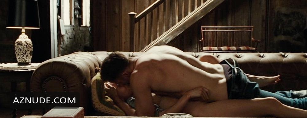 nude scene bosworth Kate