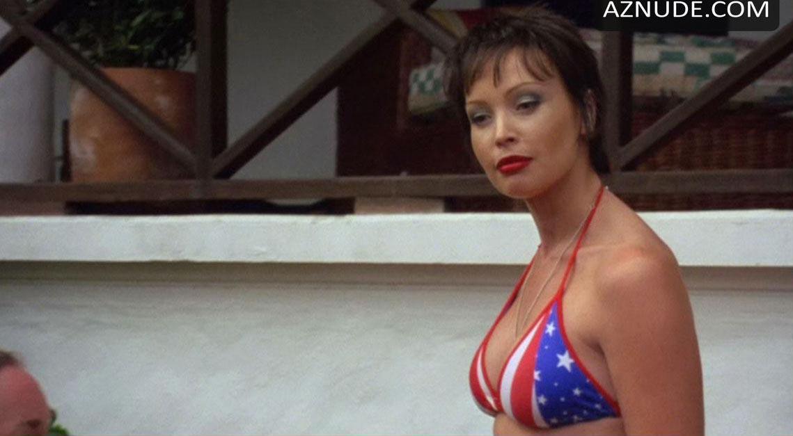 Kimberly Davis Nude 76