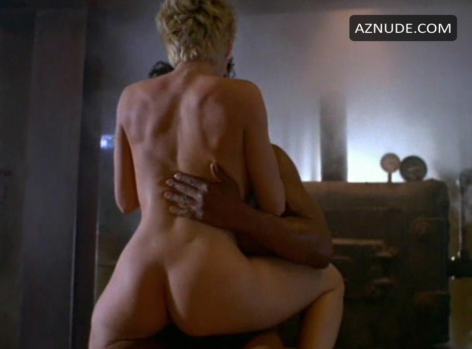 women having mechanical sex