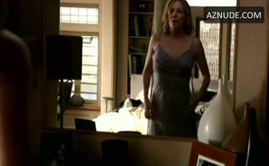LAUREL HOLLOMAN in The L Word