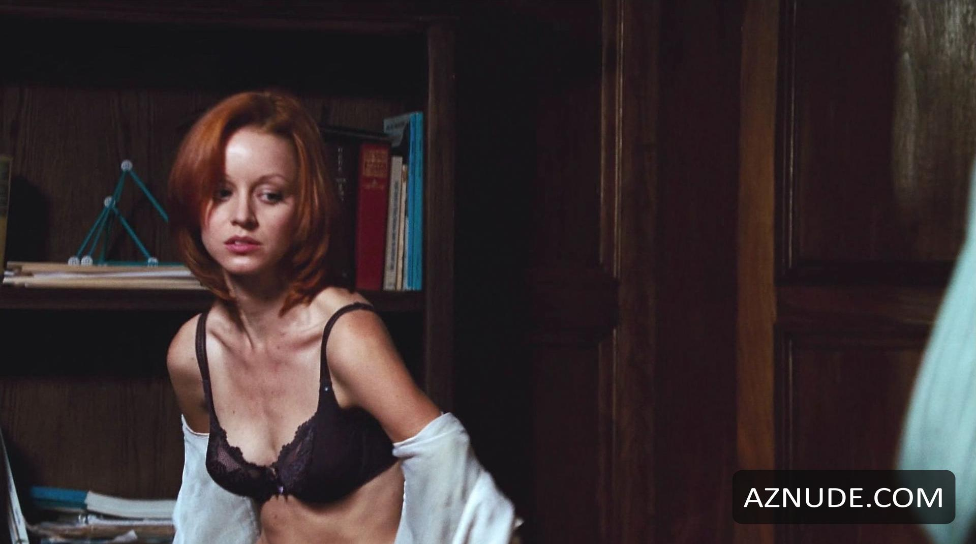 lindy booth naked