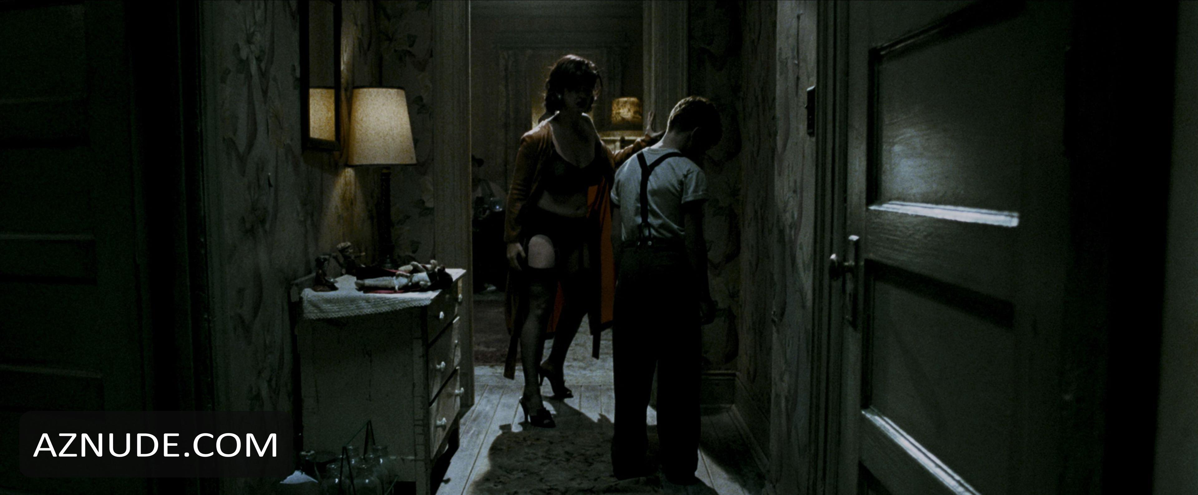 the watchmen nude scenes
