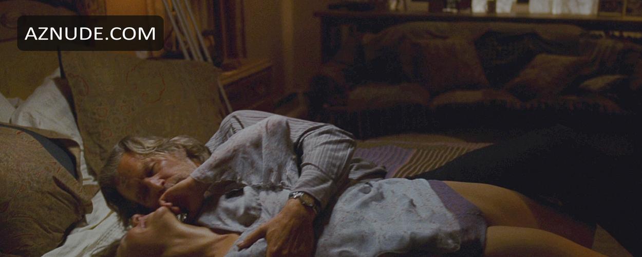 Maggie gyllenhaal nude scene in secretary scandalplanetcom - 1 part 6