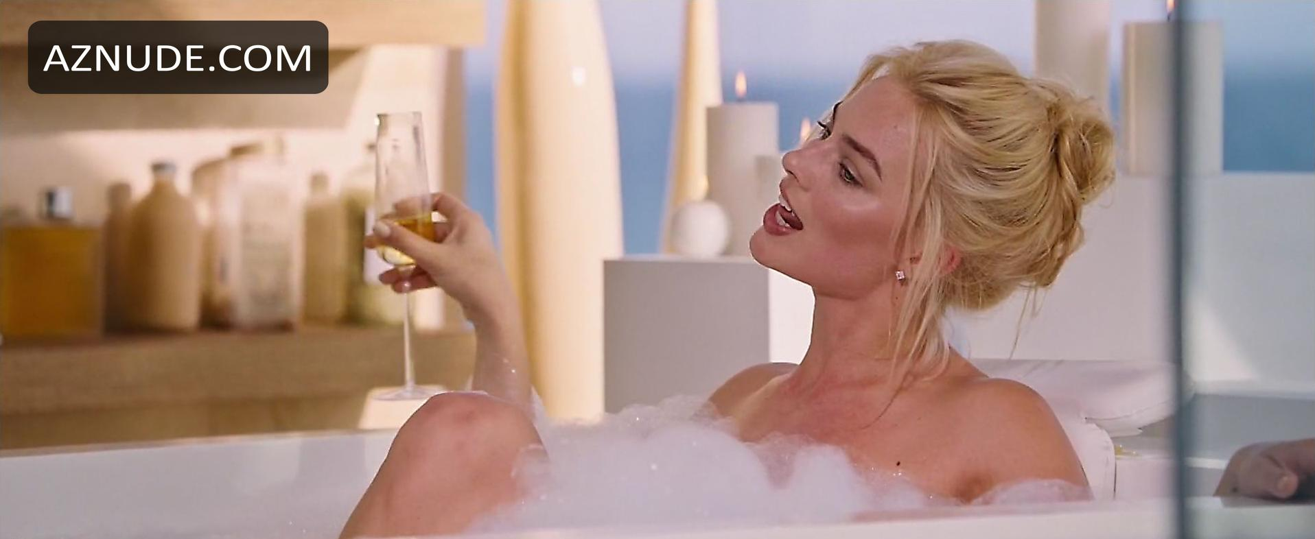 Something and Margot Robbie nude happens
