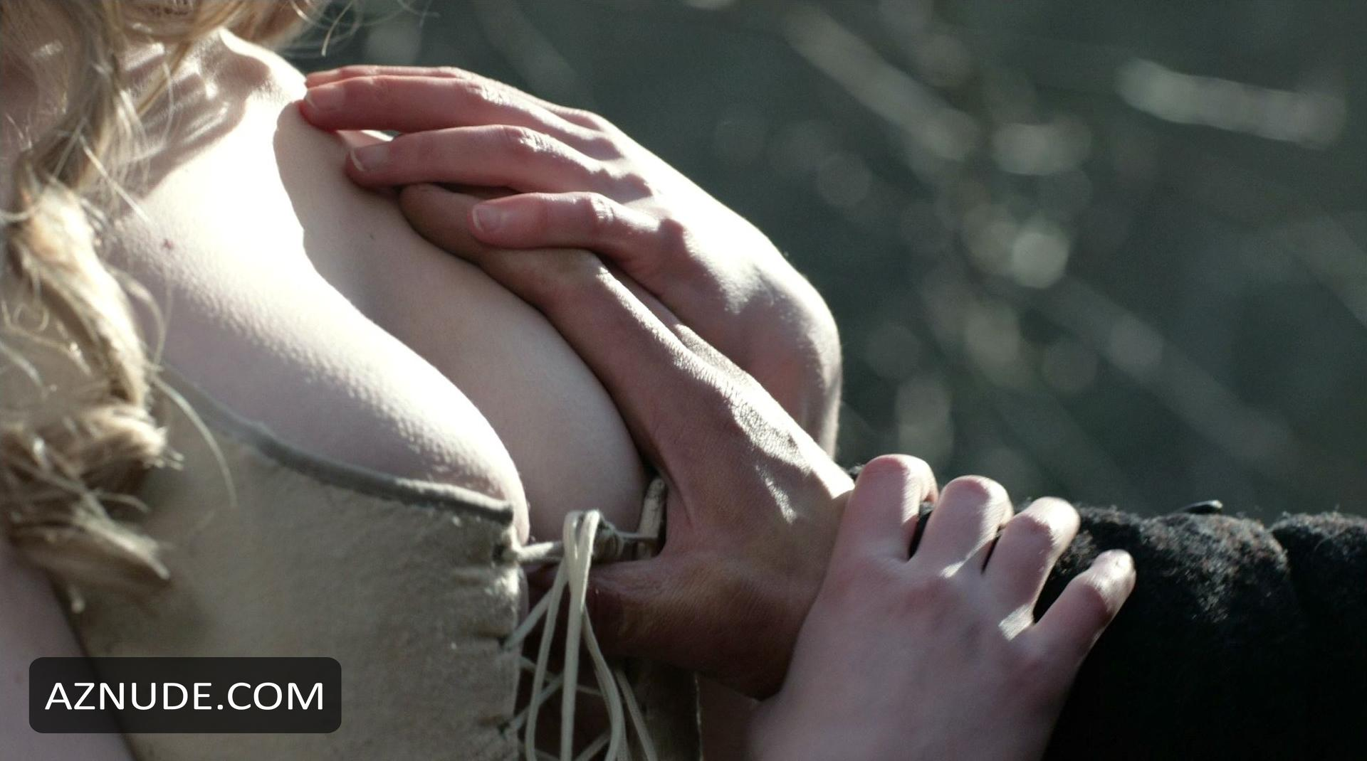 Laura donnelly nude outlander s01e14 8