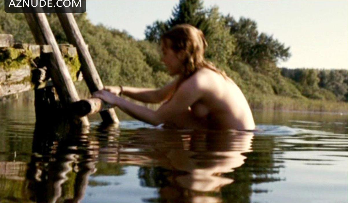 hillbillies girls gets naked