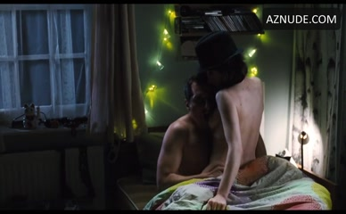 Sally hawkins nude in tipping the velvet