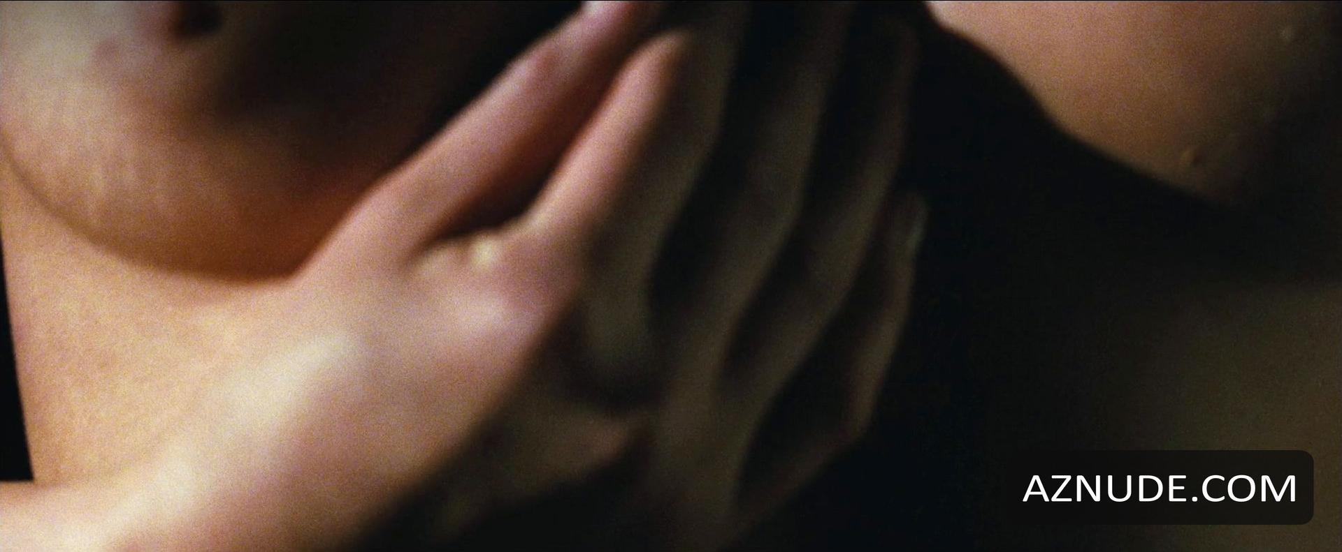 sarah michelle gellar movie sex scenes