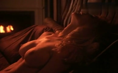 SHANNON TWEED in Illicit Dreams