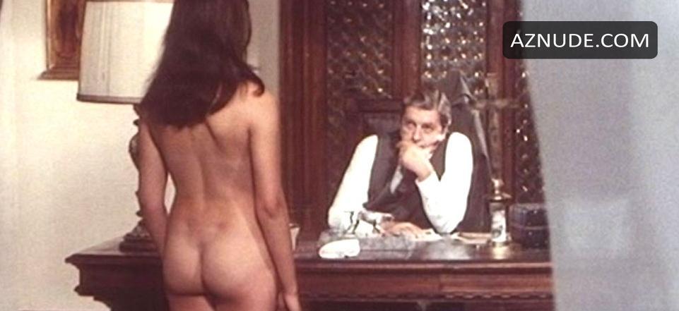 Hot nude strip