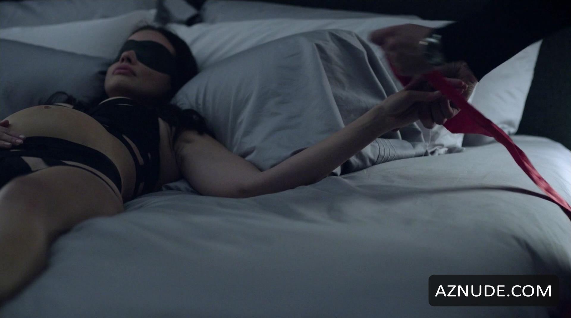 Angelina jolie nude tits in 039foxfire039 on scandalplanetcom - 1 part 10
