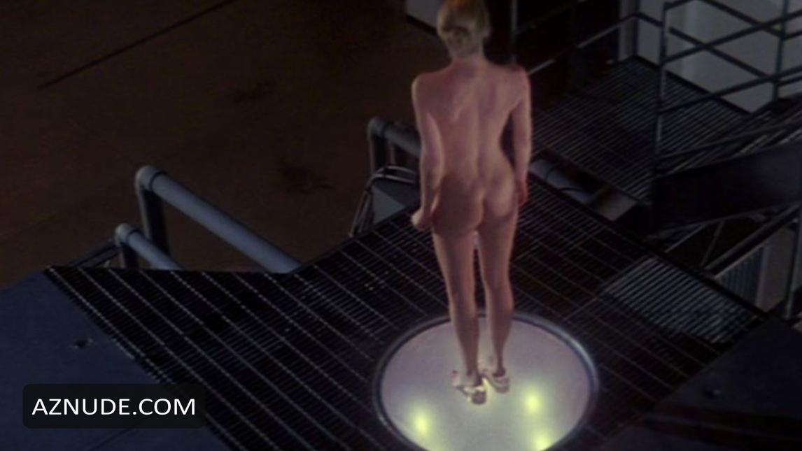 Nude Looker 5