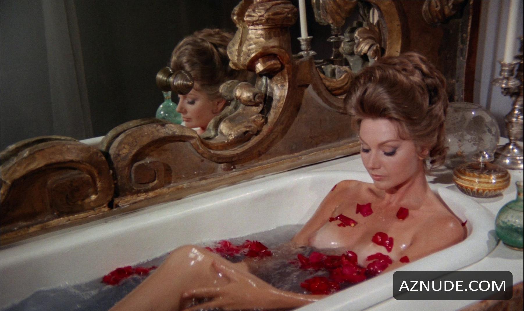 Lina romay nude scenes from mil sexos tiene la noche - 1 7