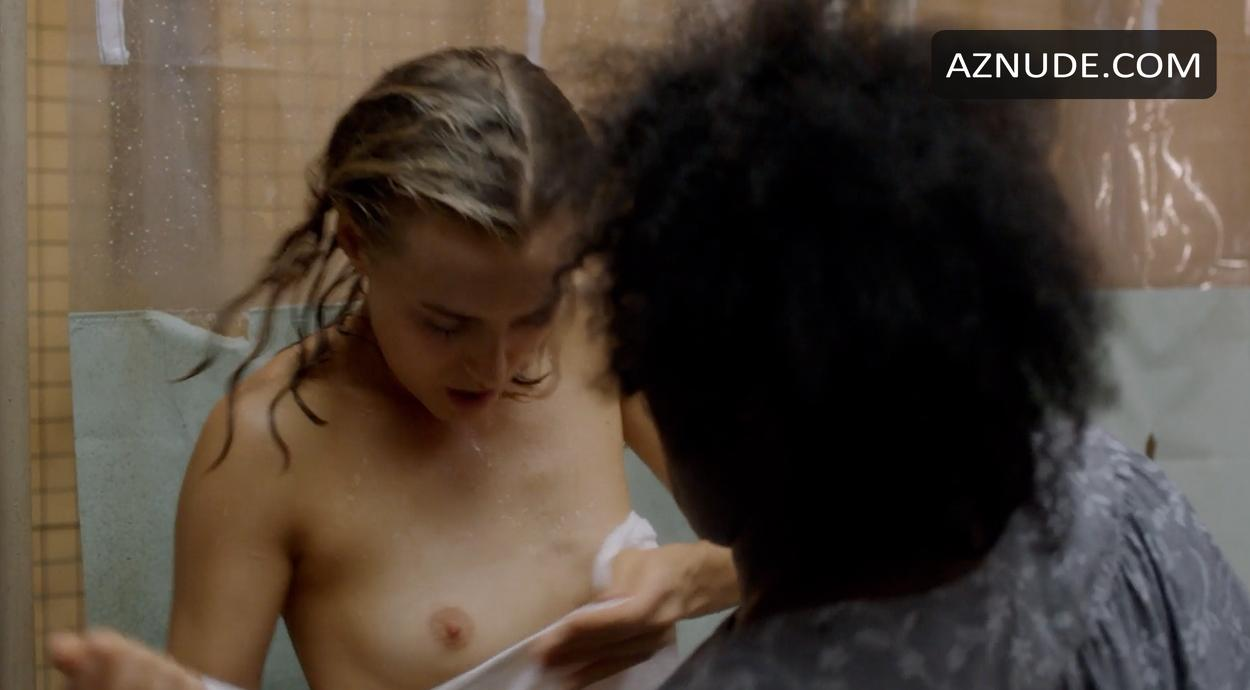 Kimiko glenn nude orange is the new black s02e04 6