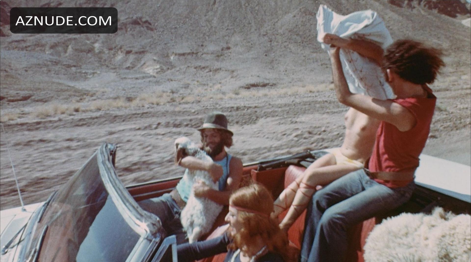 Nude scenes in hippie