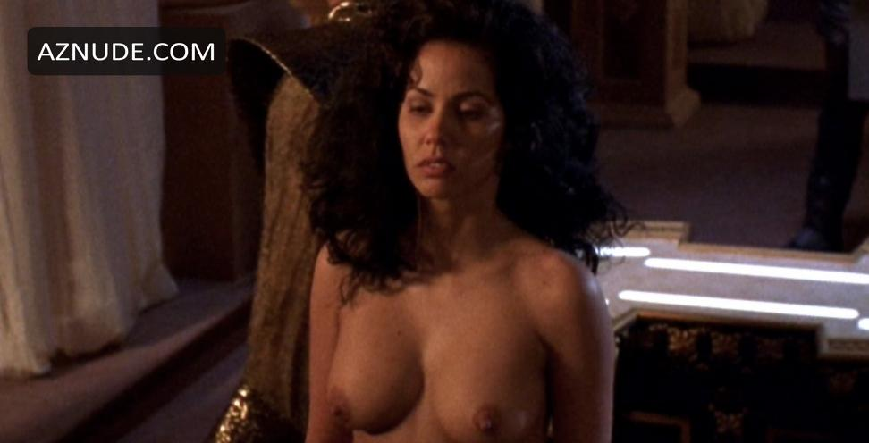 hottest naked women of all ti