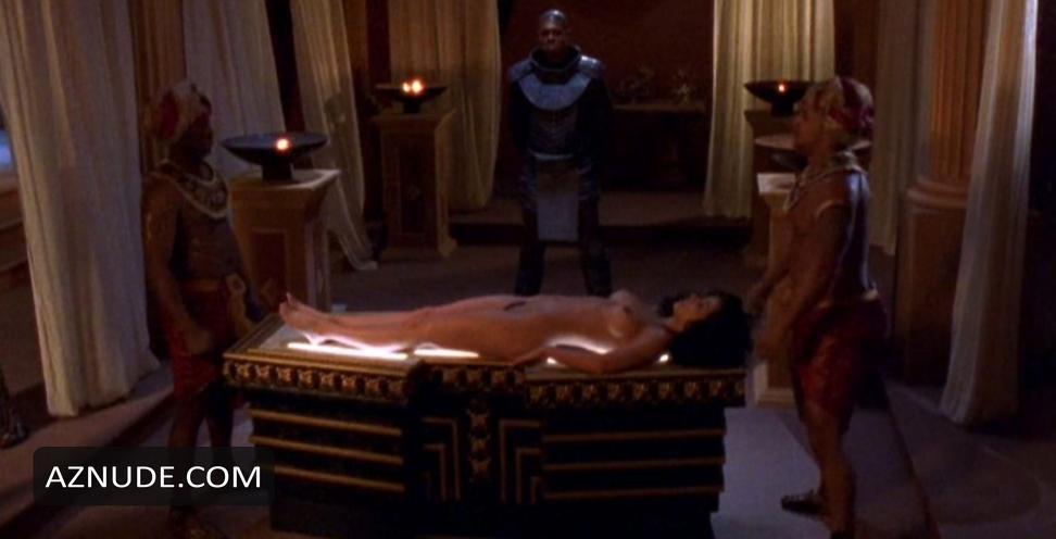 Morena baccarin naked sex scene 039deadpool039 scandalplanetcom - 2 part 4