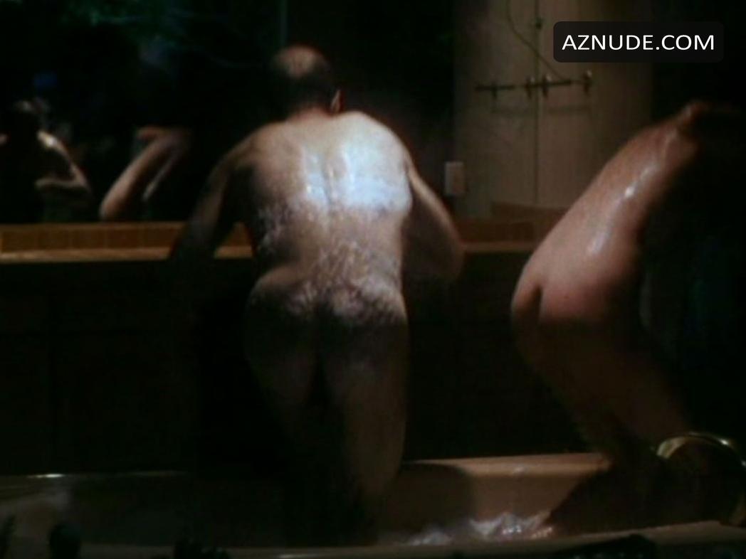 Zayn Malik de One Direction se desnuda y la la con sus
