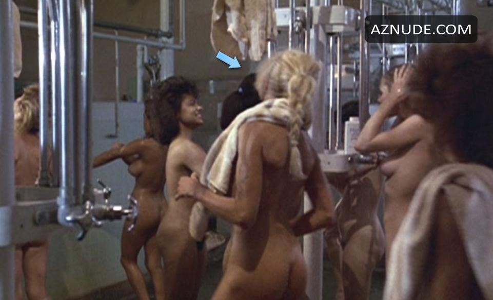ww f girls grab nude balls videos