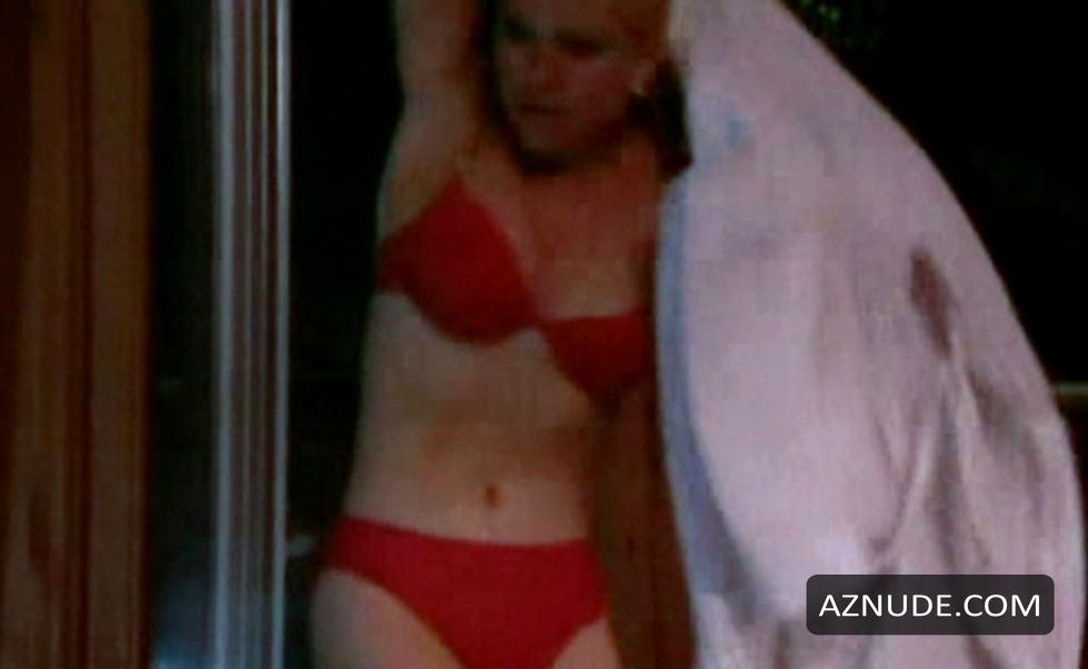 Zoe Lucker Sex Naked Footballers Wives 17