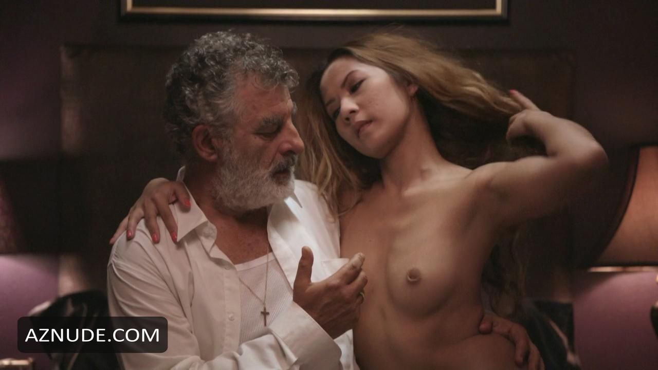 okonedo nude Sophie