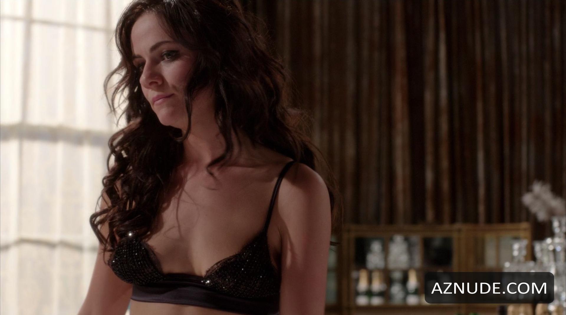 The Royals Nude Scenes - Aznude-6068