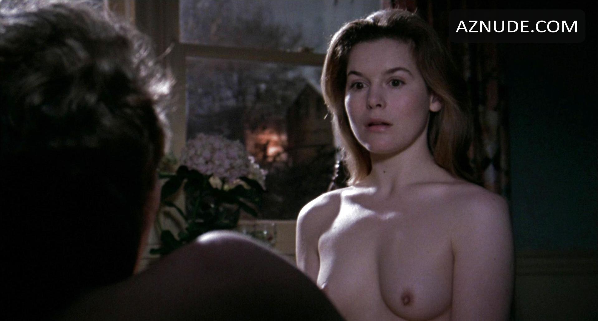 nude women do sex