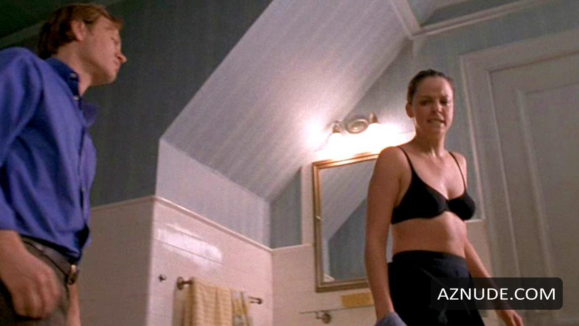 naked naughty girl locker room